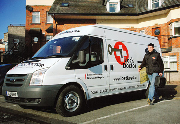 24 hour locksmith emergency service